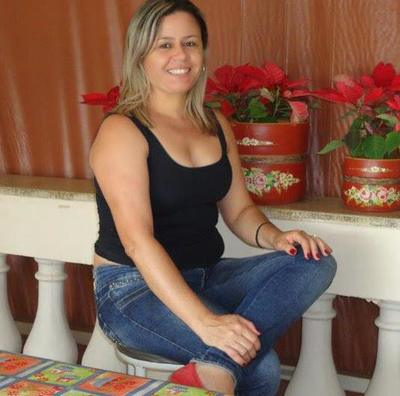 flora singles & personals Flora 21 yo colombian woman flora seeking man 18-35 for marriage or long time relationship view all colombian brides free profiles of colombian brides, girls, single colombian women seeking men online for love, colombian dating, romance and marriage.